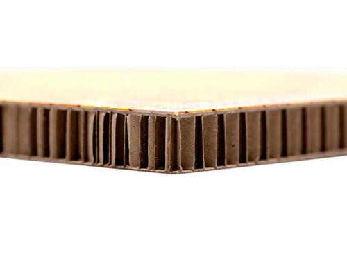 NEU: Karton mit Wabenstruktur
